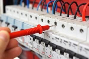 كهربائي في عجمان